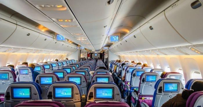 機内場面④:座席での英語表現