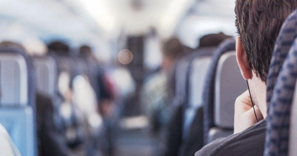 機内英語②:座席を探す際の英語表現
