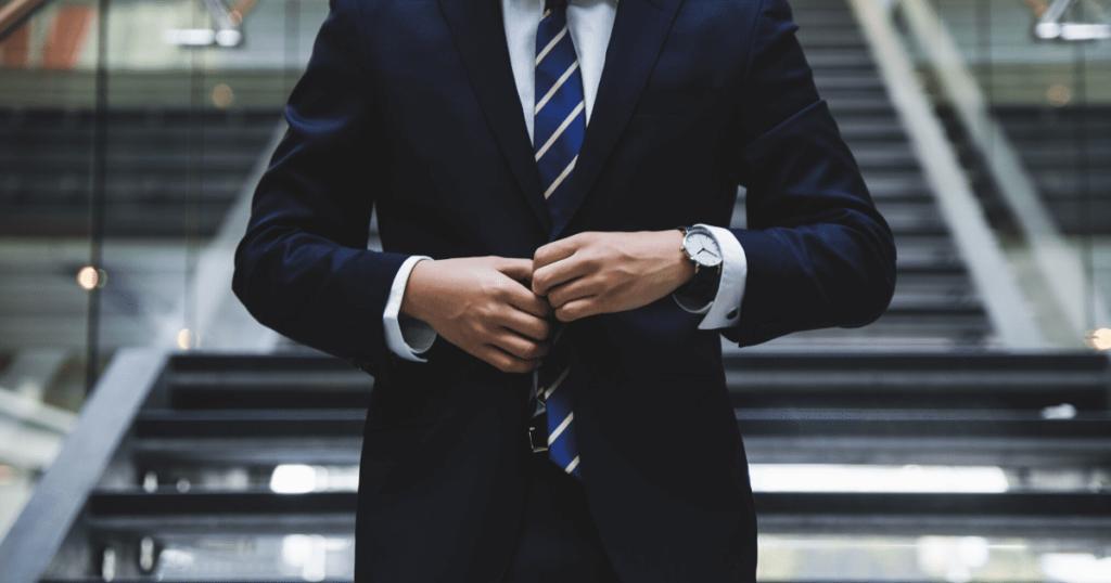 日本とフィンランドの違い④:【就職活動の服装】